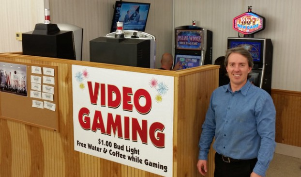 Live Illinois Video Gaming at Family Beer & Liquor!
